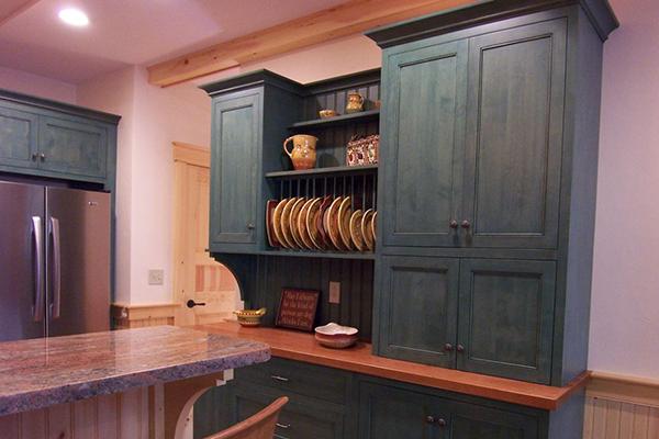 Open dish cabinet